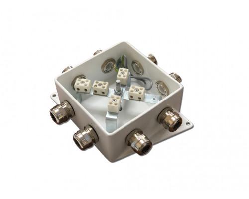 КМ-О (10к)-IP66-120х120, семь вводов