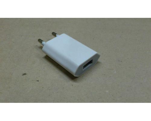 Сетевой адаптер с USB на евро вилку для iPhone и iPad mini